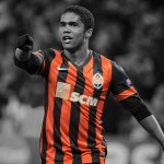 Arsenal ready bid for Brazil forward Douglas Costa – report